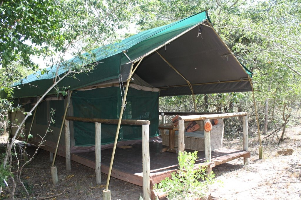 2012/02 Tembe Elephant Lodge/Tartaruga Camp Ponta Malongane